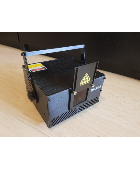 2 watt RGB laser projector